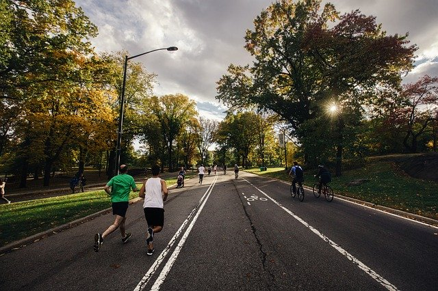 Is It Better to Bike or Run for burning calories?